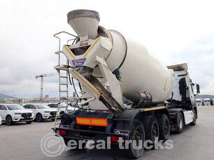 puspriekabė betono maišyklė BETAMIX